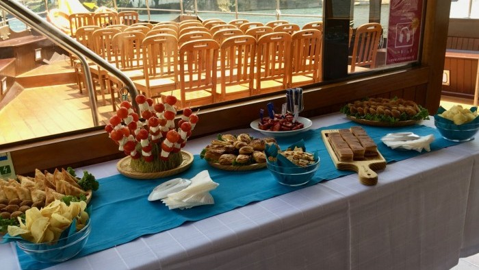 Special Cruise with Lunch on Board