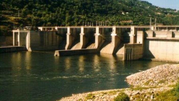 Carrapatelo Dam