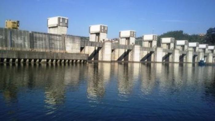 Crestuma-Lever Dam