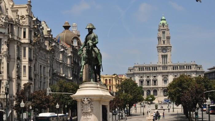Porto City Tour - Meio Dia (manhã ou tarde)